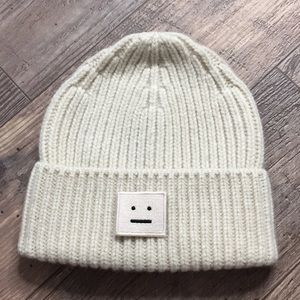 Other - Pansy wool beanie hat